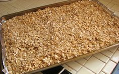 Delectably Mine: Crunchy Granola Bars Made it and loved it! Good Morning Breakfast, Breakfast Bars, Sweet Breakfast, Breakfast Muffins, Cinnamon Granola Recipe, Cinnamon Recipes, Crunchy Granola, Homemade Granola Bars, Lunch Snacks