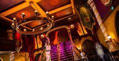 Symbolica - de nieuwste attractie van de Efteling - is ongetwijfeld ook de meest fotogenieke. Fotografe Lisa van der Drift, bekend van haar Instagram-account met Efteling-foto's, wist het Paleis der Fantasie als geen ander op de gevoelige plaat vast...