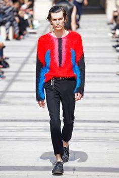 Kim Jones se inspirou em viajantes e nômades pra primavera-verão 2017 masculina da Louis Vuitton, e parece ser uma tendência da temporada, né?