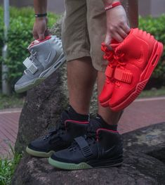 A bro is thankful for these : Sneakers Bow Sneakers, Sneakers Fashion, Adidas Sneakers, Zapatillas Jordan Retro, Yeezy 2, Hype Clothing, 90s Hip Hop, Pharrell Williams, Fenty Puma