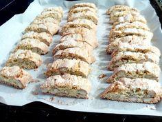 Biscotti, Italian Recipes, Banana Bread, Deserts, Dessert Recipes, Sweets, Cookies, Food, Projects