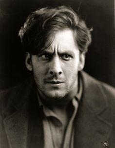 """George O'Brien in """"Sunrise"""" (1927)."""