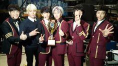 Super Junior wins on 'Show Champion' for 'Mamacita'   http://www.allkpop.com/article/2014/09/super-junior-wins-on-show-champion-for-mamacita