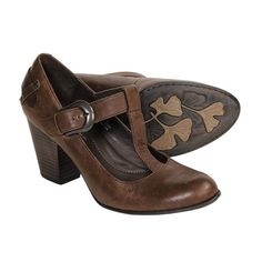 Born Ofelia Bay Vintage T-Strap Shoes... LOVE the vintage T-Strap... Love most of the vintage 30's/40's shoe style