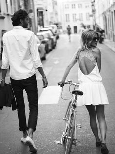 cycleplace:  Black and white inspo