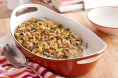 Combine everything you like into one chicken-green bean casserole: tender chicken, fresh green beans and creamy mushrooms. You'll love the convenience of this Make-Ahead Chicken-Green Bean Casserole. Green Bean Casserole, Stuffed Pepper Casserole, Chicken Casserole, Stuffed Peppers, Stuffing Casserole, Chicken Stuffing, Mushroom Casserole, Stuffing Mix, Mushroom Soup