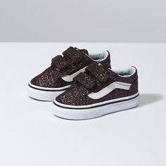 Toddler Glitter Stars Old Skool V Cute Baby Shoes, Baby Boy Shoes, Crib Shoes, Toddler Shoes, Girls Shoes, Toddler Nike Outfits, Baby Vans, Baby Nike, Tennis Vans