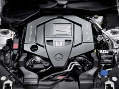 The AMG 5.5-Liter V8 Biturbo engine of the S 63 AMG impresses with a peak output of up to 420 kW and maximum torque of up to 900 Newton meters with direct petrol injection with spray-guided combustion and twin turbochargers.