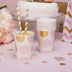 Party Paper Cups Pink And Gold Dots Baby Shower / Christening /party X 8 Baby Shower Cakes For Boys, Baby Shower Decorations For Boys, Boy Baby Shower Themes, Girl Shower, Baby Shower Favors, Baby Shower Parties, Baby Shower Invitations, Party Box, Party Cups