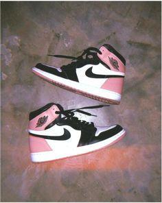 What color nike aire jordan jordanclub sneaker s Jordan Shoes Girls, Girls Shoes, Jordan Outfits, Cute Sneakers, Shoes Sneakers, Jordans Sneakers, Trendy Shoes, Casual Shoes, Souliers Nike