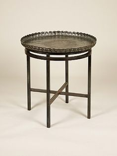 Sibyl Colefax & John Fowler Antiques :: Round, oval and polygonal tables :: metal table