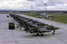 Sepecat Jaguar GR.1 XX116 '04' 226 OCU RAF Lossiemouth 20-08-75