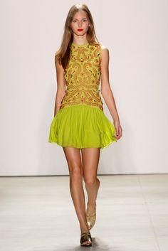 Jenny Packham S/S '16 Fashion Tv, Fashion Week, Runway Fashion, High Fashion, Fashion Show, Tv Mode, Jenny Packham Dresses, New York, Spring Summer 2016