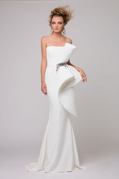 Cheap dress Buy Quality dress robe directly from China dress wave Suppliers: High-End European Vogue Prom Dresses 2017 Chic Mermaid Evening Gowns Brand Design Ruffle Ruched Peplum Formal Party Dress Evening Dresses Online, Mermaid Evening Dresses, Formal Evening Dresses, Elegant Dresses, Evening Gowns, Beautiful Dresses, Prom Dresses, Wedding Dresses, Unique Dresses