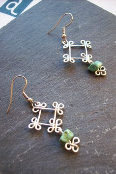 Drop earrings ethnic squares wire wrapped earrings by BOUCLELLA, €8.00