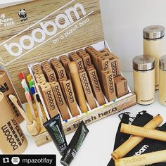 "#Repost @mpazotifay  ""Γίνε η αλλαγή που θέλεις να δεις στον κόσμο "" - Μαχάτμα Γκάντι.  Η #boobam έχει δημιουργήσει καινοτόμα ποιοτικά προϊόντα για οικολογικά ευσυνείδητους καταναλωτές. Χωρίς πλαστικό. Τρόπος ζωής με οφέλη Όχι μόνο για εμάς αλλά για τον ίδιο τον πλανήτη!!! @boobambrush  #savetheplanet #beaplanethero #farmakeio #pharmacyblogger #bamboo #toothbrush #ecoproducts #wwfgreece Zero Waste, Free, Instagram"