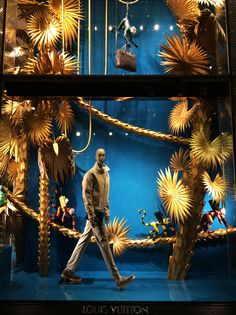 Mizhattan - Sensible living with style: *SUNDAY WINDOW SHOPPING* Louis Vuitton (July '14)
