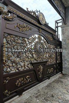 Wooden Front Door Design, Front Gate Design, Main Gate Design, House Gate Design, Door Gate Design, Gate House, Railing Design, Wooden Doors, Front Gates