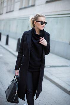 Coat MISSGUIDED - Knit ZAFUL - Pants ZARA - Sunglasses RAY-BAN - Bag LOUIS VUITTON   Linda Juhola