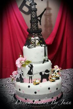 Paris Eiffel Tower Themed 18th Birthday Cake Eiffel Tower Statue