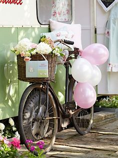 biycle wedding table center pieces | Festival wedding decorations | Plan Your Perfect Wedding | The UK's ...