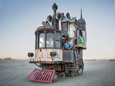 Fantastic three-story Victorian mansion/locomotive at Burning Man #fodderforfiction