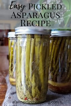 This pickled asparagus recipe is a perfect for snacking and as a garnish for cocktails. Enjoy this recipe and easy tips for canning pickled asparagus. Canning Asparagus, Marinated Asparagus, Canning Vegetables, Fresh Asparagus, Fresh Vegetables, Pickled Sausage, Pickled Eggs, Canning Pickles, Cocktails