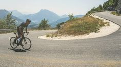 "Inside ""Everesting"": Everything You Need to Know About Cycling's Best New Trend - Men's Journal"