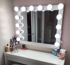 Hollywood Vanity Mirror.Perfect for Ikea vanity bULBS nOT