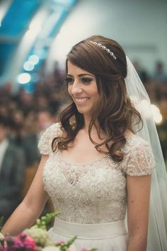 http://vestidadenoiva.com/casamento-juliana-eduardo/