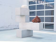 Jose Davila Creates Sculptures From Glass, Stones, and Gravity