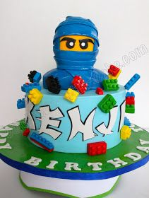 Ninjago Cake, maybe blue ninja not so big, just for decoration? Lego Ninjago Cake, Lego Cake, Ninjago Party, Cupcakes, Cake Cookies, Cupcake Cakes, Bolo Lego, Fondant Cake Toppers, Character Cakes