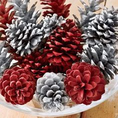 Decoration, Beauteous Red And White Colour Pine Cone Decorations Design For Christmas Table Centrepiece: Gorgeous Christmas Centerpieces Blueprint For Your Table Silver Christmas, Noel Christmas, All Things Christmas, Simple Christmas, Christmas Wedding, Fall Wedding, Pine Cone Crafts, Christmas Projects, Holiday Crafts