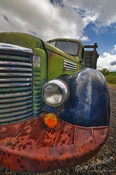 ♂ Aged with beauty old truck Corn Binder by Gary Randall by georgina Farm Trucks, Cool Trucks, Big Trucks, Pompe A Essence, International Harvester Truck, Rust In Peace, Abandoned Cars, Abandoned Vehicles, Rusty Cars