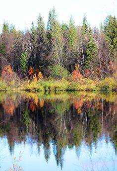 Reflections in ounasjoki river. Kittilä, Lapland Photo by @virpula1