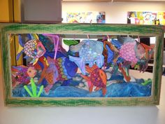 Iedereen is anders, net als deze vissen. Samen 'zwemmen' wij in het aquarium van groep 3.