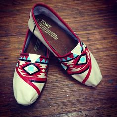 Aztec canvas shoes. I'm going to try this.
