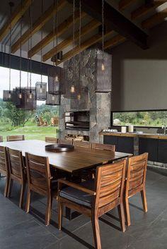 estilo r stico renovado para una casa en la cerdanya int rieur maisons et chalet. Black Bedroom Furniture Sets. Home Design Ideas