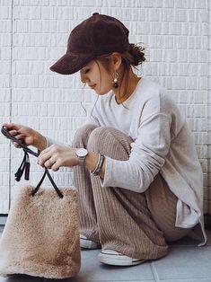 mi looks - mi looks - in 2020 Japan Fashion, Fashion 2017, Look Fashion, Korean Fashion, Winter Fashion, Fashion Outfits, Womens Fashion, Cute Comfy Outfits, Casual Outfits
