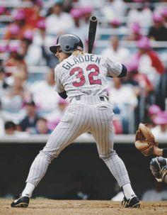 Minnesota Twins Baseball, Baseball Live, Royals Baseball, Baseball Cap, Mlb Players, Nba Stars, The Outfield, New York Yankees, Sports