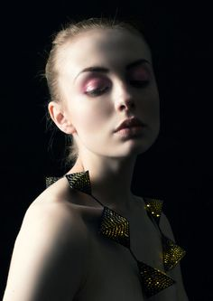 Modeconnect.com - Jewellery design by CSM student Dian Luo