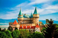 Bojnice Castle, Slovakia-home sweet home!coming back in few days to see this beauty again Bratislava, Fantasy Castle, Fairytale Castle, Castle Ruins, Medieval Castle, Beautiful Castles, Beautiful Buildings, Places To Travel, Places To See