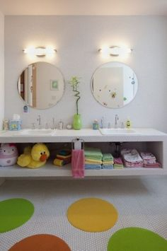 Kid's bathroom. Swap the bright accessories for minimalist accessories and it becomes a great room for the grown ups