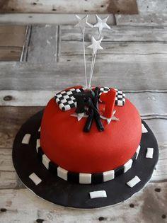 Formule 1 taart Birthday Cake, Desserts, Formula 1, Tailgate Desserts, Birthday Cakes, Deserts, Postres, Dessert, Cake Birthday