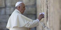 "Pope Francis in Holy Land prays at Western ""wailing"" Wall www.ffhl.org #ffhl #popeinholyland #holylandpilgrimage"