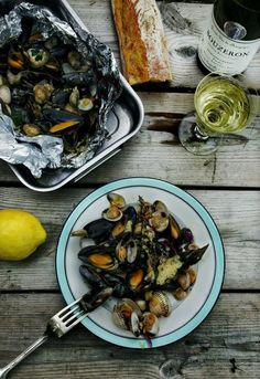 mussels, wine, bread - all day, every day