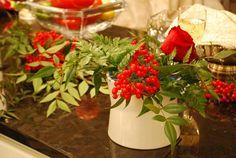 Flores y plantas de navidad: nandina - http://www.jardineriaon.com/flores-y-plantas-de-navidad-nandina.html