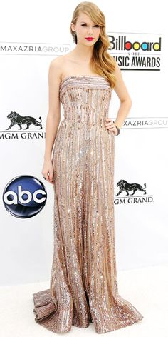Taylor Swift in Elie Saab - Billboard Music Awards 2011 : Look of the Day - May 23, 2011 : InStyle