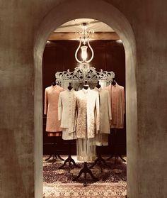Mens Indian Wear, Mens Ethnic Wear, Indian Men Fashion, Showroom Interior Design, Boutique Interior Design, Indian Menswear, Clothing Studio, Jewellery Showroom, Visual Merchandising Displays