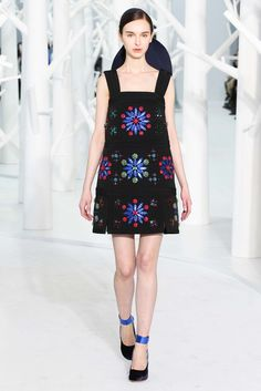 Delpozo Fall 2015 Ready-to-Wear Fashion Show - Nastya Nikita